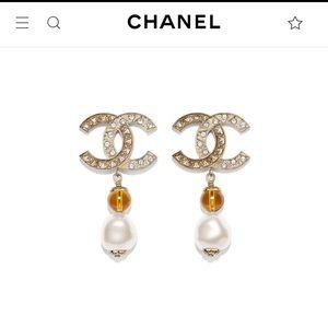 Chanel pearl gold crystal classic CC Logo Earrings